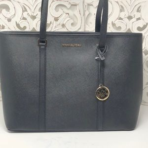 NWT Michael Kors large Sady laptop bag